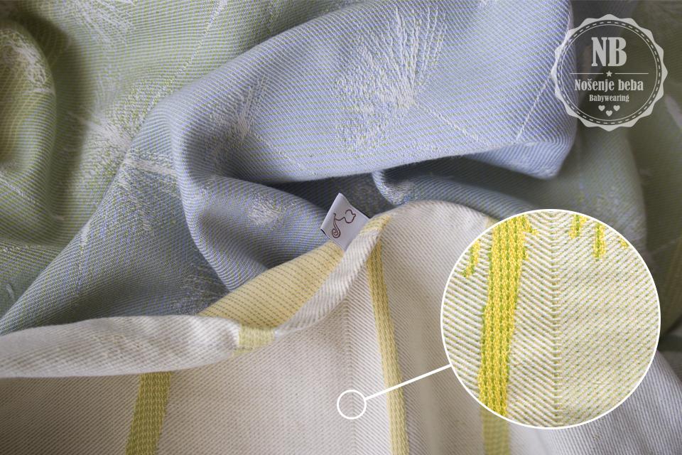 Ono po čemu je BabyMonkey specifičan jest promjena smjera tkanja od sredine marame: potka je preokrenuta.