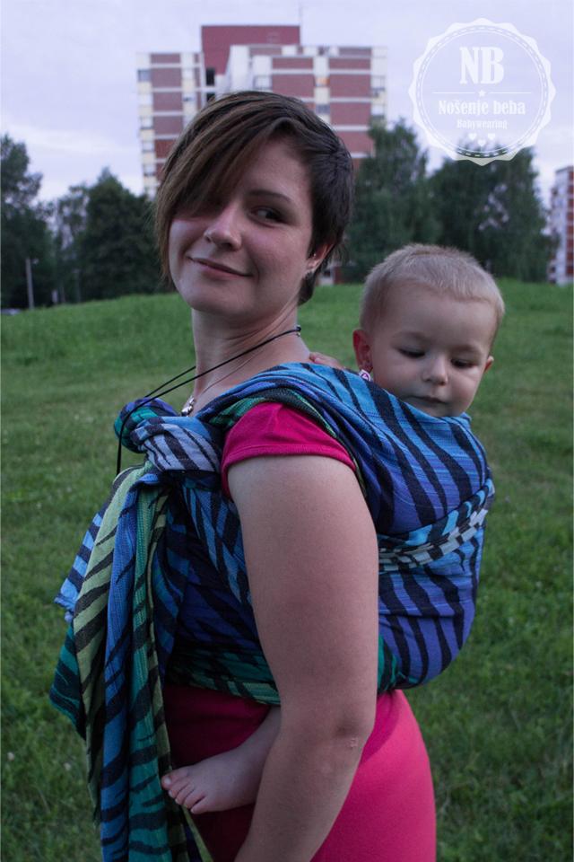 Pellicano Baby neimenovani Zamira tester u vezu DH s CCCB (Candy Cane Chest Belt).