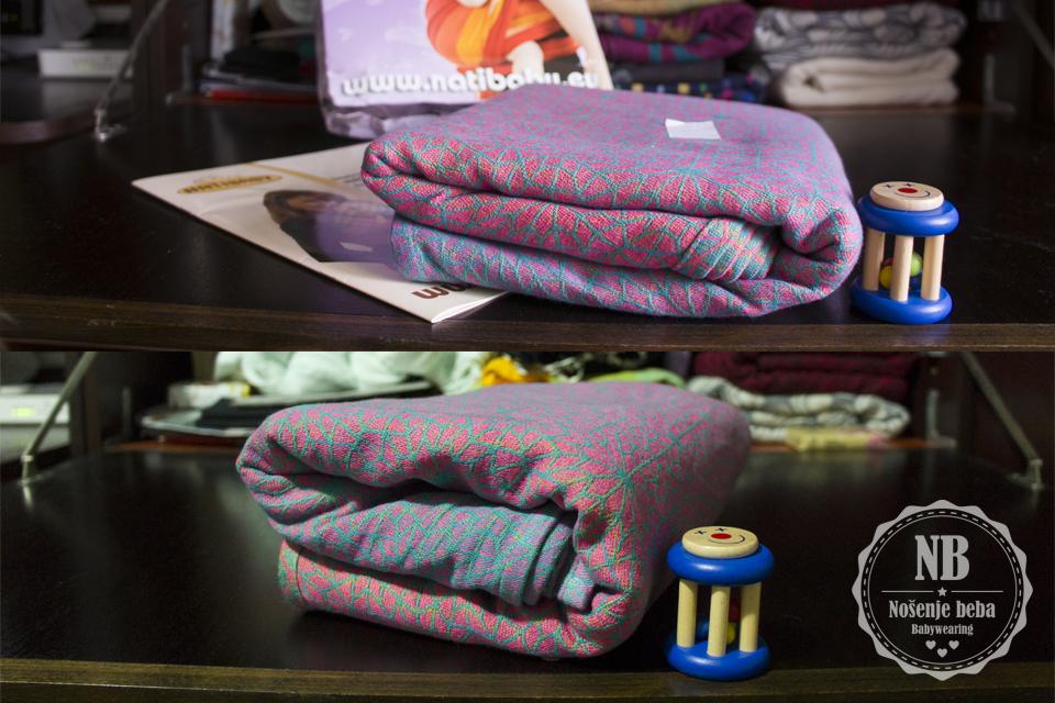 """""""Cvjetanje"""" tkane marame Natibaby Safi Sunset prije pranja i peglanja (gore) i poslije (dolje)."""
