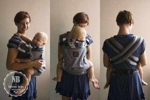"""U nosiljci se mogu nositi i starije bebe jer kad prohodaju manje je bitno da imaju potporu """"od koljenja do koljena"""": na fotografiji je mali gegavac od 16 mjeseci."""