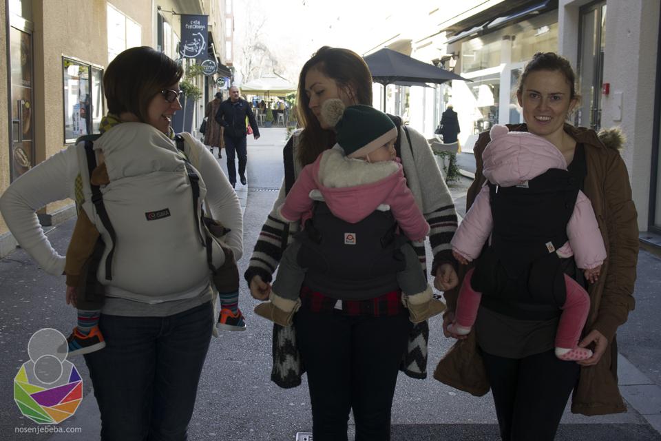 Slijeva na desno: usporedba panela s bebama. Isara toddler (25 mj.), Ruckeli (12 mj.), Ergobaby 360 (10 mj.)